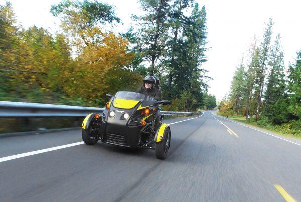 roadster-in-motion-min